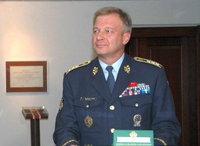 Sami bychom se neubránili, říká generál. Ještě že máme NATO