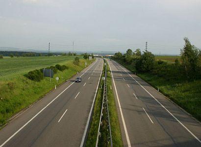 Na stavbu dálnic v okolí Brna byly vystaveny faktury za neexistující práce