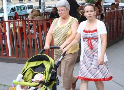 Matky samoživitelky ohrožuje chudoba, ukázal průzkum ČSÚ