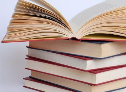 Voda ohrožuje Národní knihovnu. Přesouvá se 4000 knih
