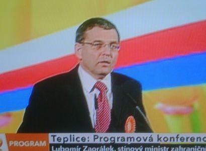 """Zaorálek (ČSSD): Zahraniční politiku nemohou dělat """"trotli"""""""