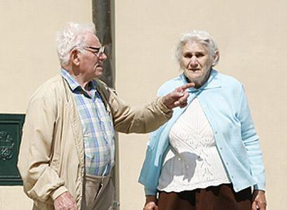 Plačící seniorka: Řekněte v Praze, že ještě nechceme umřít