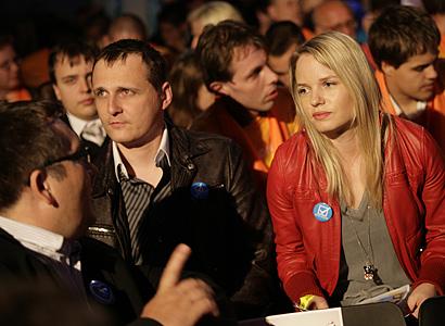 Véčka rokovala s ČSSD. Kvůli přímé volbě prezidenta