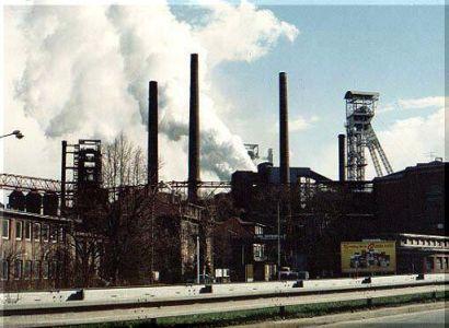Poslanci podpořili novelu zákona, která zpřísní ochranu ovzduší