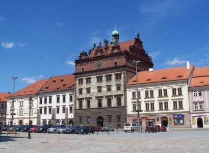 Plzeň: Ve Skvrňanech začíná výstavba atletického stadionu