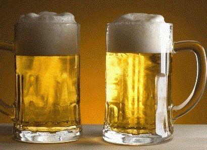 Pivovary hlásí propad. Přesto pivo podraží