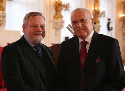 Oberfalzer: Nechci, aby v Česku byly kostelíky zastíněny minarety