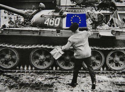 Hájek: Možná nás čeká bratrská pomoc vojsk Evropského svazu