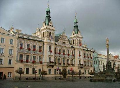 Pardubice: Služby města kontrolují pouliční osvětlení