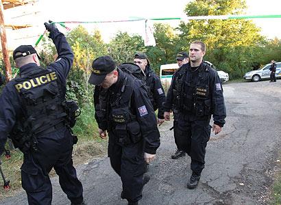 Šéf protikorupční policie končí, nelíbil se Lessymu