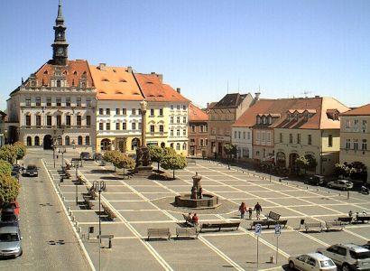 Česká Lípa: Na památník neustále útočí vandalové