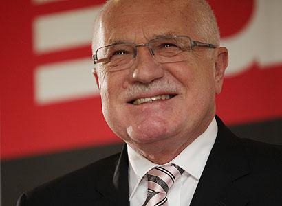 Odbory politicky vydírají, tvrdí Klaus