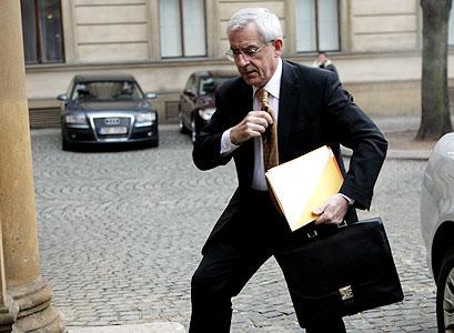 Mladičký šéf Hegerova kabinetu si vysloužil přezdívku Nový Dimun