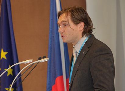 Poslanec Babák ve hře o křeslo předsedy Věcí veřejných