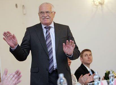 Exministr promluvil o Klausovi a Kalouskovi. Bez zábran