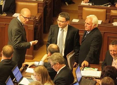 Poslanci začnou jednat o reformě důchodů a zdravotnictví