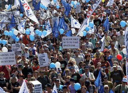 Odbory: Středeční stávku učitelů potvrdily stovky škol