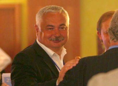 """Splavnění Vltavy je brzdou evropských peněz. Může za to """"kmotr"""" Dlouhý?"""
