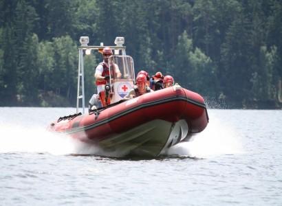 Rozhlas varuje: Vodní záchranka brzy nebude mít peníze