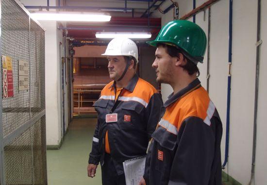 PYímo v provozu provádli kontroly inspektoYi Státní úYadu inspekce práce