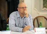 Putin si teď nemůže dovolit porážku, varuje plzeňský politolog. Pro východ Ukrajiny se prý chystá...