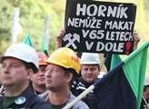 Premiér Sobotka se kvůli OKD sejde s odboráři