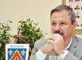 Do vsi přijel Martin Komárek. Když občan nadával na ČT, Babišův poslanec překvapil slovy o Ukrajině a o tom, kdo skutečně ovládá veřejnoprávní TV