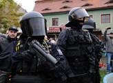 Zvýšená bezpečnostní opatření v ČR potrvají minimálně do 2. ledna