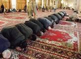 Chládek a Semelová: O muslimských burkách na českých školách
