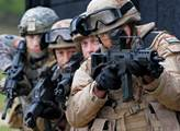 Člen Svobodných ohromil. Snímky dokazující ruskou invazi prý nepořídilo NATO