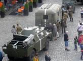 Už zase jsou tanky v Evropě, už zase mráz přichází z Kremlu. Vyprávěl i Václav Havel. Podívejte se