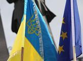 Brutální ukrajinský analytik vyplísnil kyjevskou armádu za neschopnost. Pak se otřel o nás a Slov...