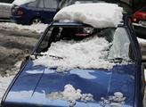 Práce v muničním areálu ve Vrběticích komplikuje vydatná sněhová nadílka