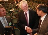 Prezident Zeman odlétá do Číny, oficiální jednání potrvají od pátku do pondělí