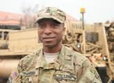 Americký seržant z konvoje: Když nás zde někteří nechtějí, je to v pořádku. Ale většina lidí u cest byla ráda