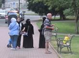 Kurvo, zkurvysyni, křičí na nás muslimové. Promlouvají Češi, kteří žijí na ne zrovna příjemných místech západní Evropy