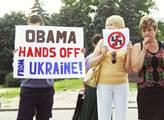 Demonstrující dávají svou nenávist k USA jasně naj...