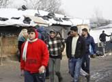 K uprchlickému táboru v Calais znovu přijíždí buldozery. A s tím je tu i varování