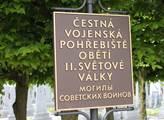 Praha: Vymlácené hroby Rudé armády? Ne. Jen se dělá rekonstrukce