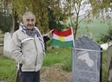 Nedávno navštívil doktor Yekta Uzunoglu, velký boj...