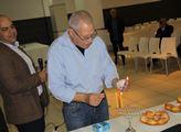 V Izraeli slaví chanuku, tedy Svátek světel. Každý...
