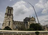 V pařížské katedrále Notre-Dame vypukl před dvěma ...