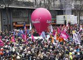 Pochod stávkujících á la Francie