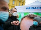 Občanské hnutí Přísaha v čele s Robertem Šlachtou ...
