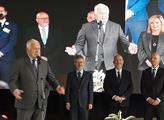 Bývalý prezident Václav Klaus se účastnil zahájení...