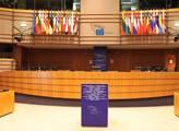 Jednací sály se zaplní opět až po eurovolbách