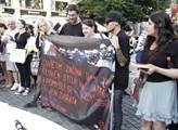 Demonstrace hnutí 269life proti zneužívání zvířat ...