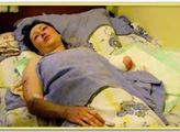 Matka Anna Tuv v nemocnici