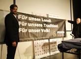 Rakouská Pegida ukazuje svůj transparent