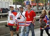 Pohybují se teď mezi nimi i Češi, hokejoví fanoušc...